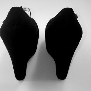 Breckelles Shoes - BRECKELLES BLACK WOMANS SHOES